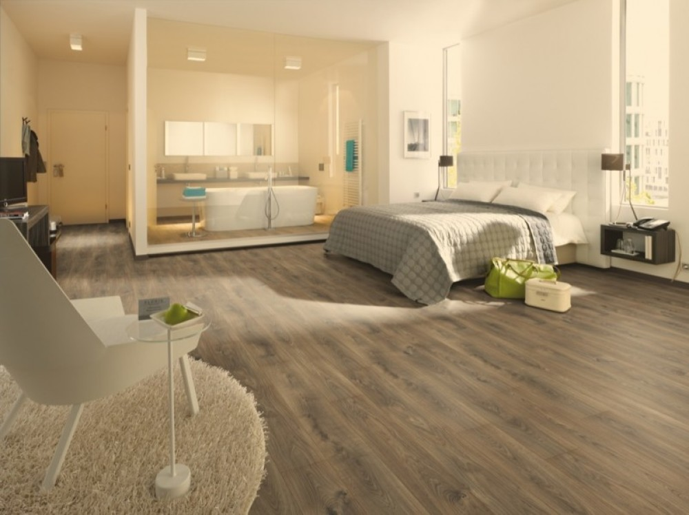 Hamptons Floor Store Egger 7mm Belfort Dark Oak Laminate Flooring
