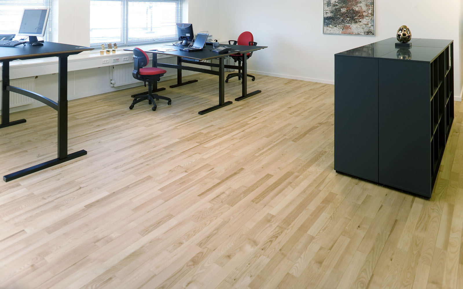 Hamptons 129mm Commercial Grade Solid Ash Nature Silk Matt Varnished Wood Floor