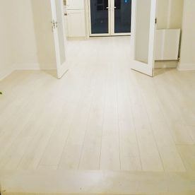Hamptons 12mm Classic Bearfoot Grappa Laminate Flooring